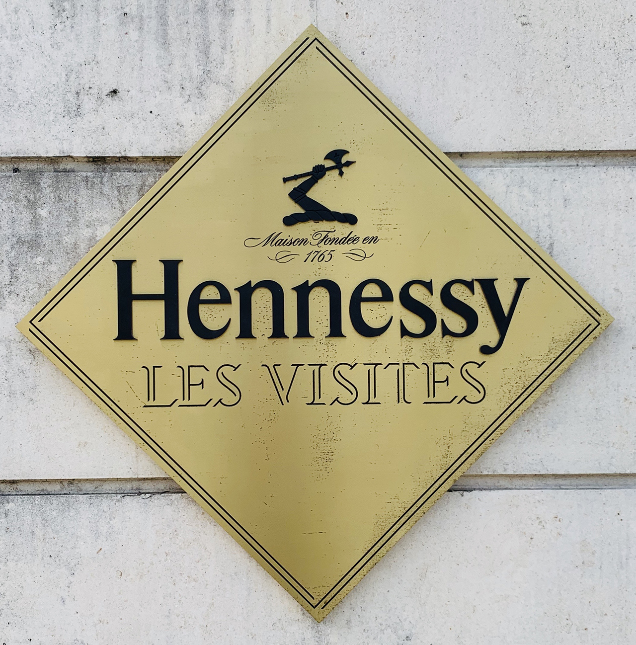 TRAVEL EXPERIENCES 16 - Hennything Is Possible – Cognac, France – Guys Trip