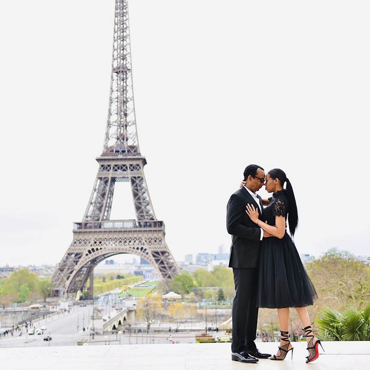 TRAVEL EXPERIENCES 2 - From Paris With Love – Paris – Couples Trip